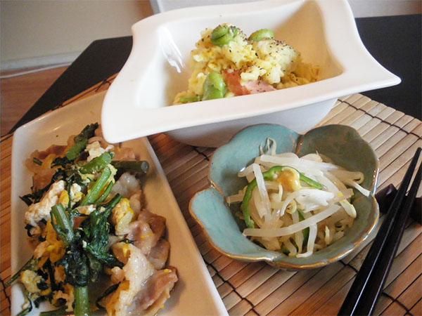【Tue】豚肉春菊の卵とじ定食