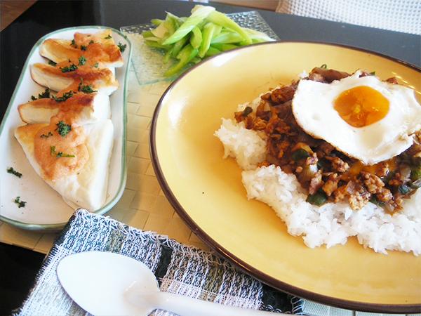 【Thu】挽肉のキーマカレー定食