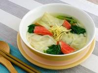 チンゲン菜とワンタンの簡単スープ