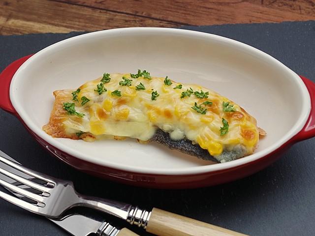 秋鮭のチーズコーングリル